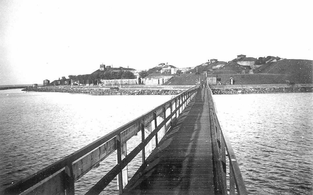 �bent hus p� Drag�r Fort - Rundvisning - Lokalhistorisk Forening